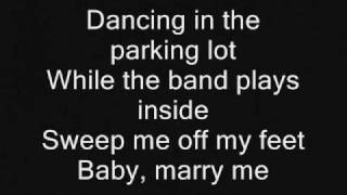 Watch Amanda Marshall Marry Me video