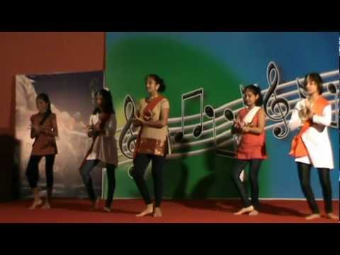 GANANAYAKA DANCE.....BY SRIJA & HER FRIENDS
