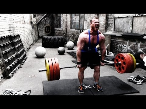 Deadlift Session Bodybuilder vs Strongman vs Powerlifter Image 1