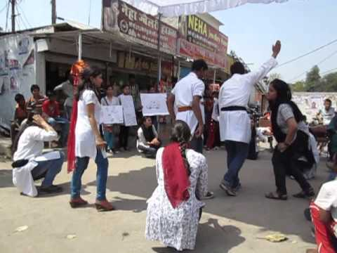 Street play on women health during pregnancy and lactation