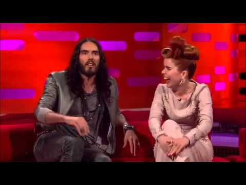 Download The Graham Norton Show 2012 S11x10 Emily Blunt, Russell Brand and Paloma Faith Part 2  YouTube Mp4 baru