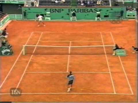 Kuerten vs フェレーロ 2001 全仏オープン pt.5 of 7