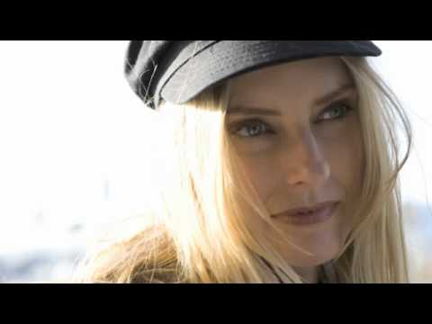 Aimee Mann - Voices Carry