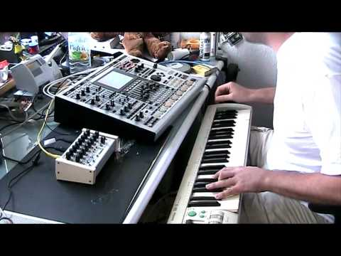 Jazzy House Music feat. RozzBox Oddulator and Roland MC909