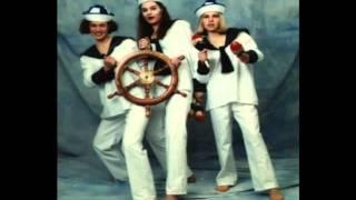 Watch Sailor Give Me La Samba video