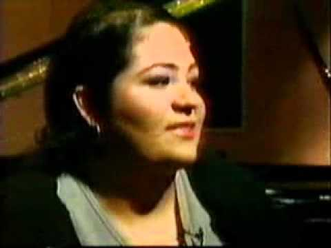 Suzette Quintanilla talks about Selena in 1999