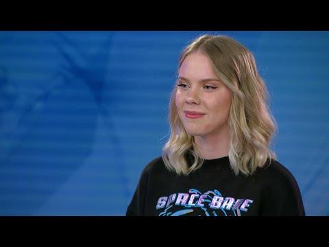 Kommer blyga Elin Wengelin våga att sjunga för juryn i Idol 2017? - Idol Sverige (TV4)