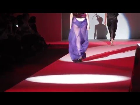時裝秀(薄紗裁縫) No. 0251 - 2011. October Model fashion show Music Videos
