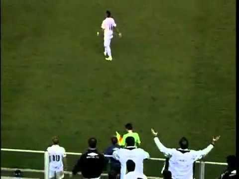 Neymar enfadado y no pasa el balón Durante el Partido!
