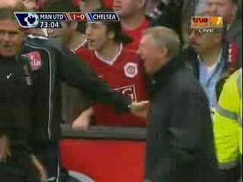 joe cole tackle-C.Ronaldo (Man Utd Vs Chelsea 23/9/2007)