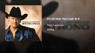 Watch Tracy Lawrence Long Wet Kiss video