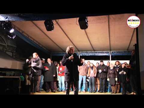 Tsunami a Brescia Beppe Grillo