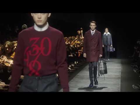 Dior Homme alla Parigi Fashion Week presenta la collezione autunno/inverno 2015