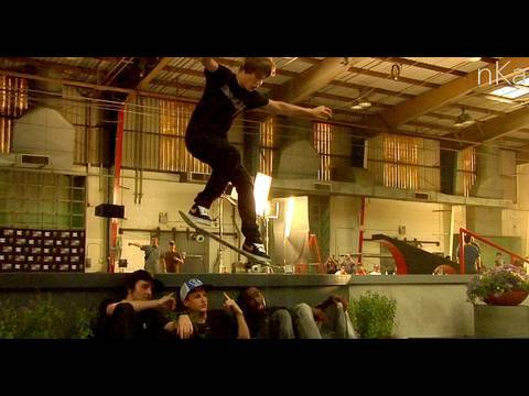CLIP OF THE DAY - JUSTIN BIEBER - SW. FR. 180 OVER ROB DYRDEK, TERRY KENNEDY & GREG LUTZKA -