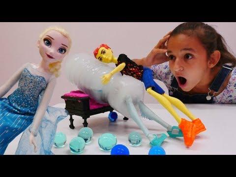 Мультик #ХолодноеСердце и #МонстерХай: Эльза ЗАМОРОЗИЛА Гила ❄️ Хит СПАС друга  🔥 Видео для девочек