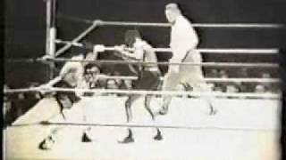 Ike Williams vs Enrique Bolanos part 1