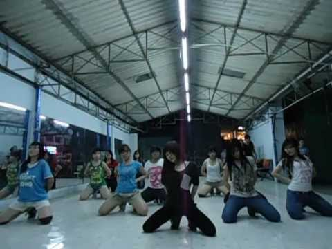 Lop hoc nhay hien dai Binh Thanh - Mirror Mirror - 4 Minute [BoBo's class].AVI