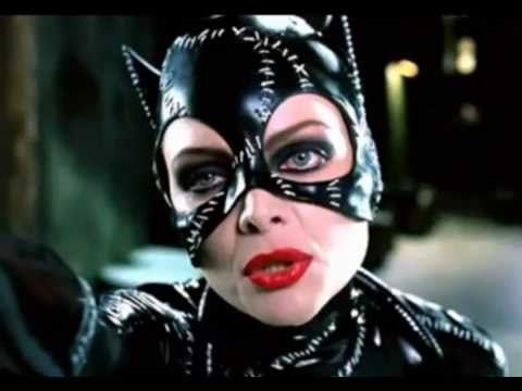 Catwoman: Anne Hathaway Vrs Halle Berry Vrs Michelle Pfeiffer video