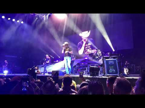 Download Jason Aldean  Girl Like You at Budweiser Stage High Noon Neon Tour Sept 15 2018