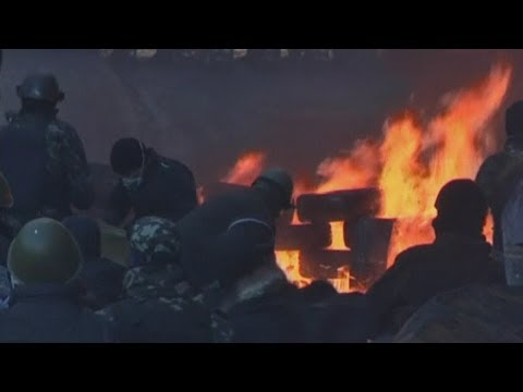 Ukraine Protest: Violence flares up as police fire rubber bullets and smoke grenades
