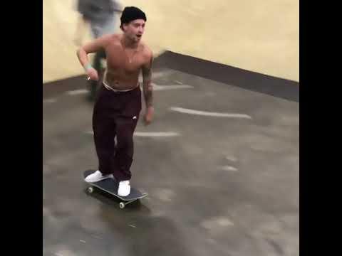 Tampa 💕 @justinsommer_ 🎥: @_nickhanson | Shralpin Skateboarding