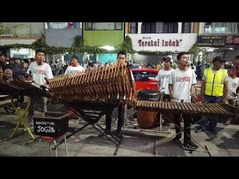 KANGGO RIKO I Angklung Malioboro CALUNG FUNK I Traditional Musical Instrument Made of Bamboo