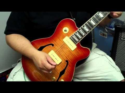 Stadium Semi-Hollow Guitar