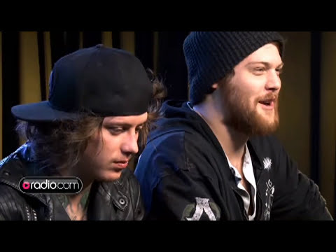 Asking Alexandria Says Bands Today Don't Have Enough 'issues' video