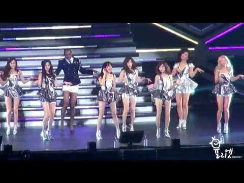 "131214 SNSD&Endo - Galaxy Supernova @ ""Love&Peace"" Free Live Yokohama"