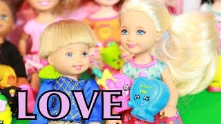 AllToyCollector FROZEN SHOPKINS Toby in LOVE Chelsea Clubhouse Disney Frozen Anna & Krisoff