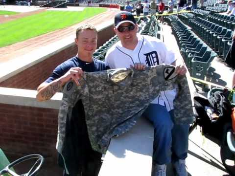 Brandon Inge and Justin Verlander receive gifts from a fan Video