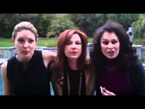 Oscars 2012: Ondi Timoner, Karen Black, and Lee Purcell