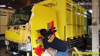 "pemasangan stiker cutting&print, bligon mas, ""TRUCK MANIA INDONESIA"""