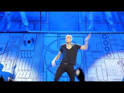 Chris Brown - Yeah 3x    Live In Dubai 11 12 2012 video