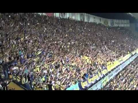 Fenerbahce THE BEST FANS IN THE WORLD ? Amazing Show Fener Fans 2011