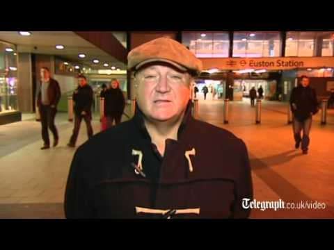 Bob Crow defends London Tube strike