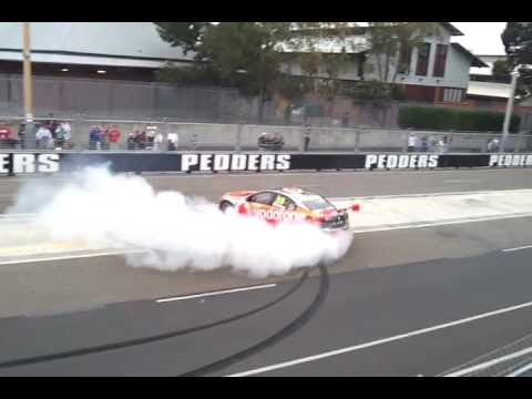 Jamie Whincup Burnout - Celebrating his third V8 Supercars championship