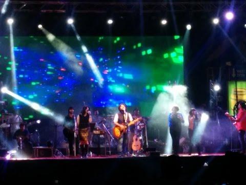 Arijit Singh Live In Concert At Inorbit Mall, Malad Dec 19 2014
