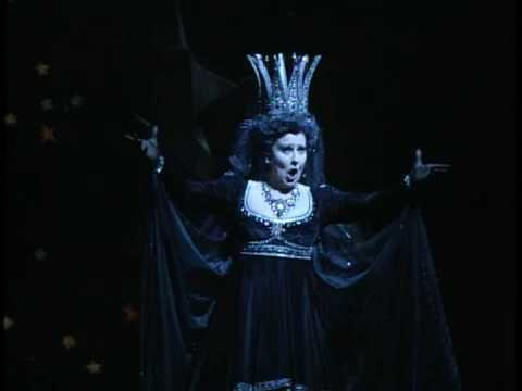 Luciana Serra - Mozart's Queen of Night
