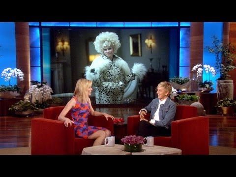 Elizabeth Banks on Her 'Hunger Games' Wardrobe