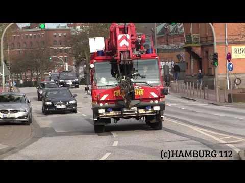 Feuerwehrkran 60 (FWK 60) F-32 Technik-und-Umweltschutzwache Feuerwehr Hamburg