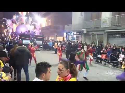 Massafra 62° Carnevale Massafrese sfilata carri allegorici 1° parte 2015