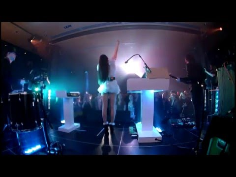"Allie X: ""48H ALLIE X"" Live at The Phi Centre"
