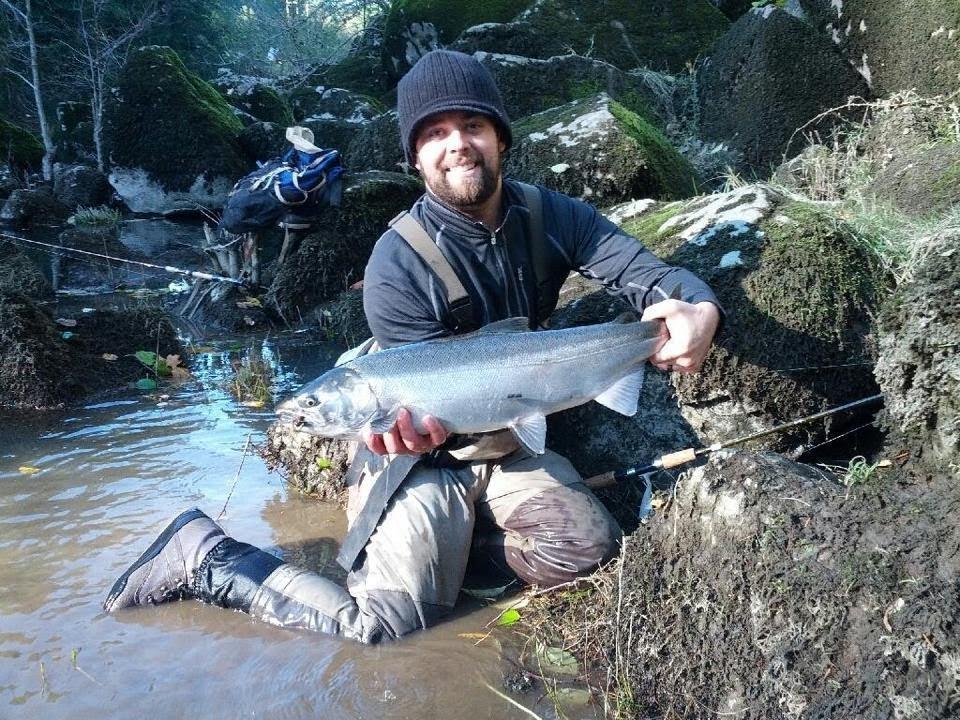 Steelhead and coho bobber fishing youtube for Bobber fishing for steelhead