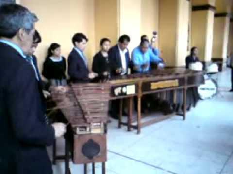 Marimba Flor San Juanera San Juan Sac. Guate..wmv