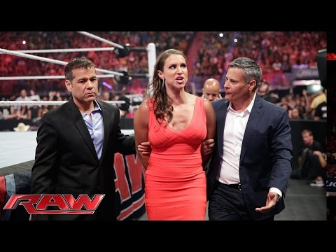 Brie Bella has Stephanie McMahon arrested: Raw, July 21, 2014 thumbnail