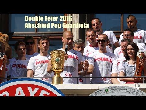 FC Bayern Double Feier 2016 - Rummenigge & Pep Guardiola - Trainer-Abschied von den Fans