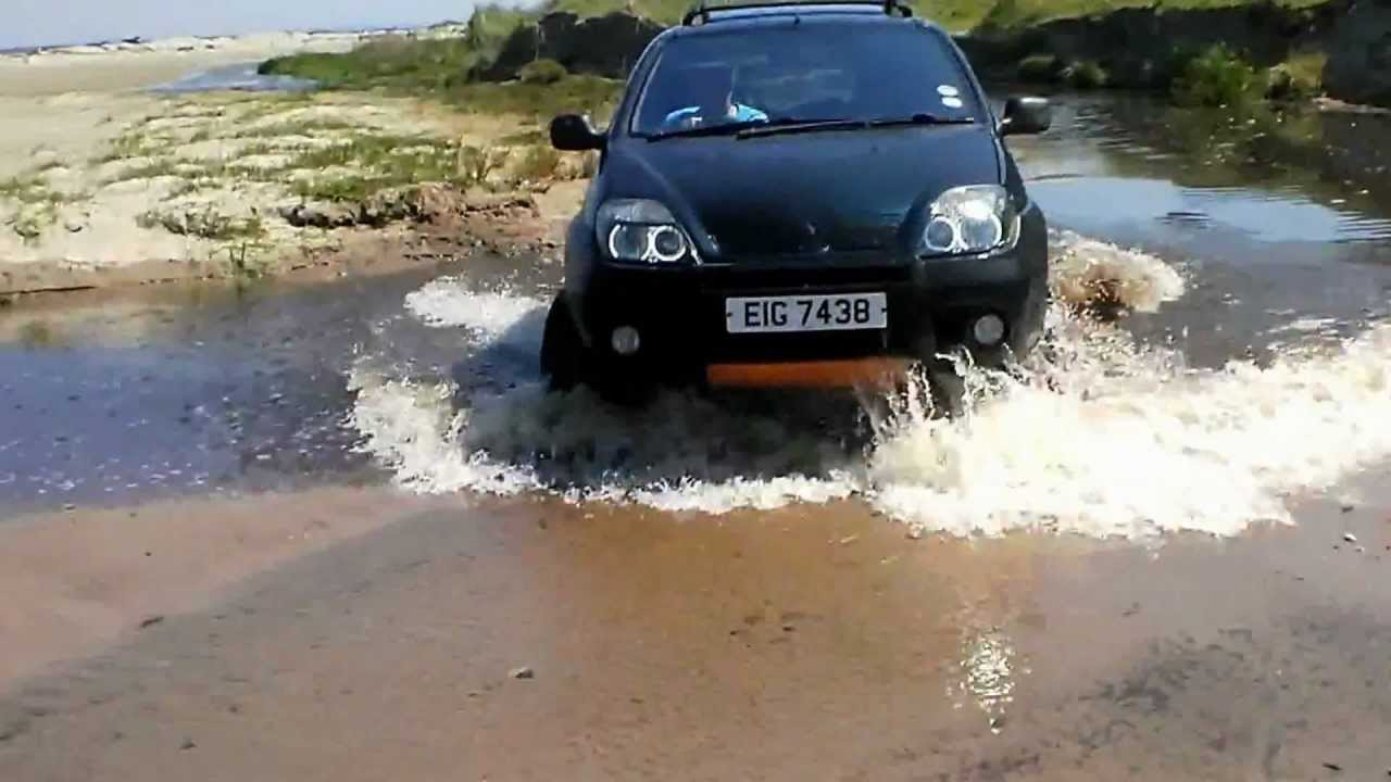 renault scenic rx4 fun on beach youtube. Black Bedroom Furniture Sets. Home Design Ideas