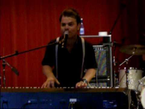 Roel van Velzen @ muziekcafe - Love Song