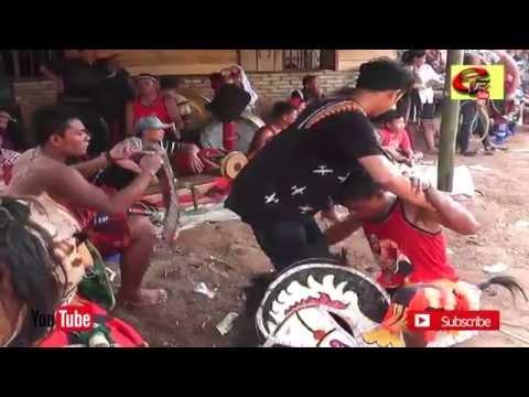 Kuda Lumping - Kuda Kepang - Jarkep - Hiburan Tradisional Suku Jawa Rakyat Indonesia Part 4/5